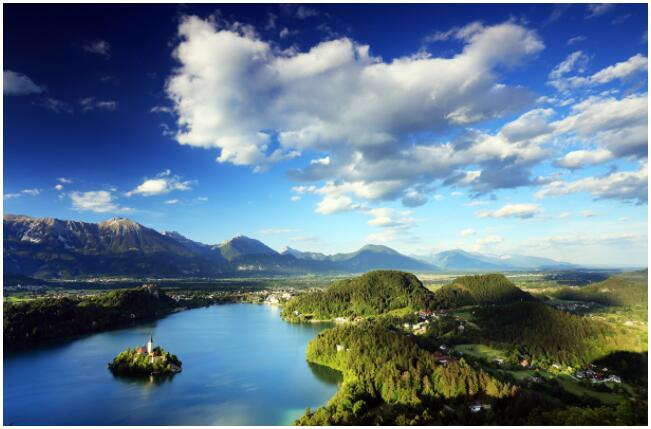 THE BEST OF BLED
